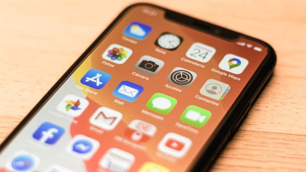 A common iPhone 11 pro problem is the screen replacement cost for a clear display.