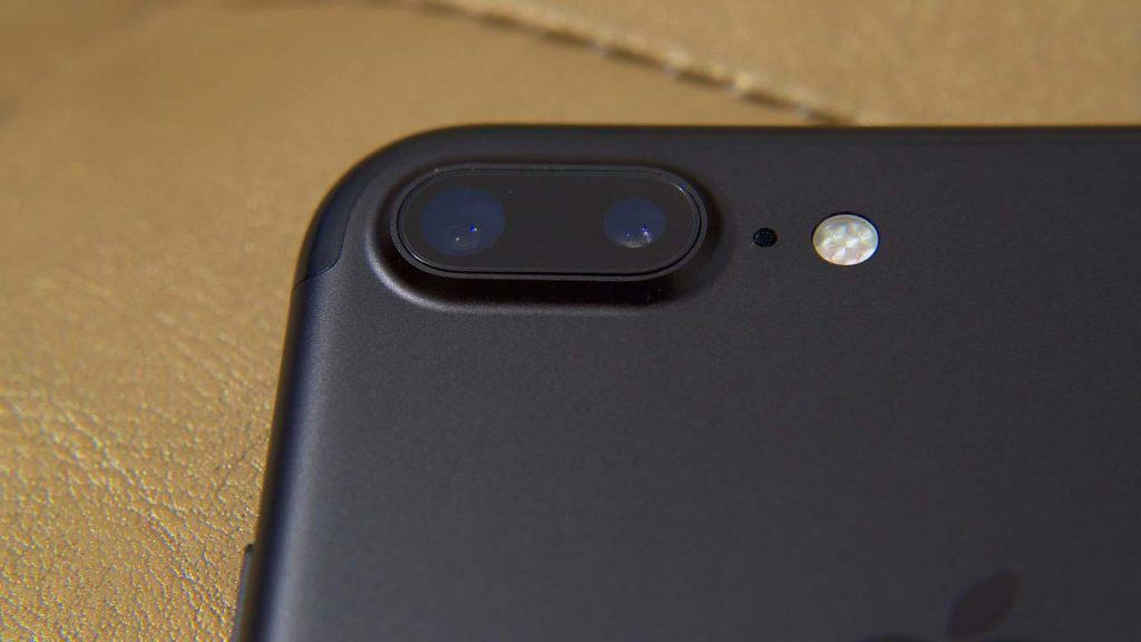 A fix iPhone 7 plus broken camera issue with a new lens.