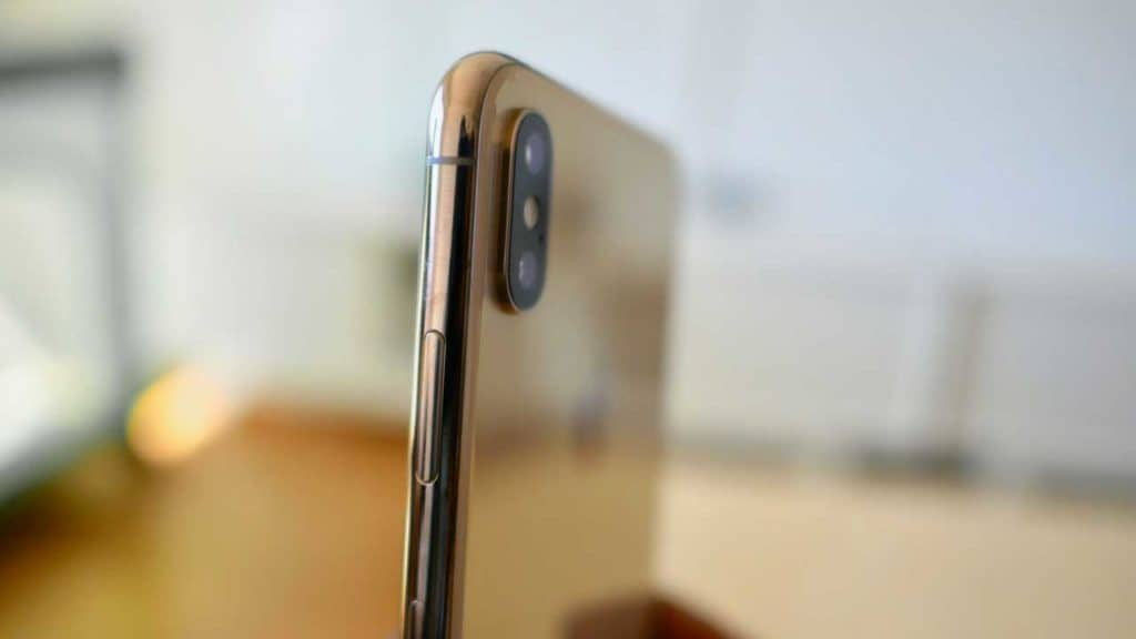 A repair for an iPhone XS Max camera does not cost a great deal for a new lens.