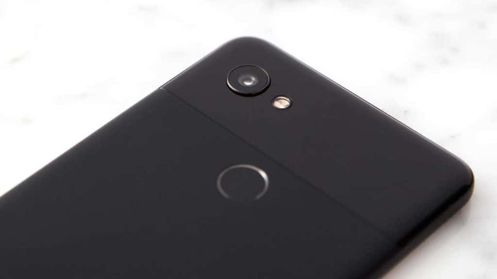 How to identify your Google Pixel 2XL phone model from the camera lens.