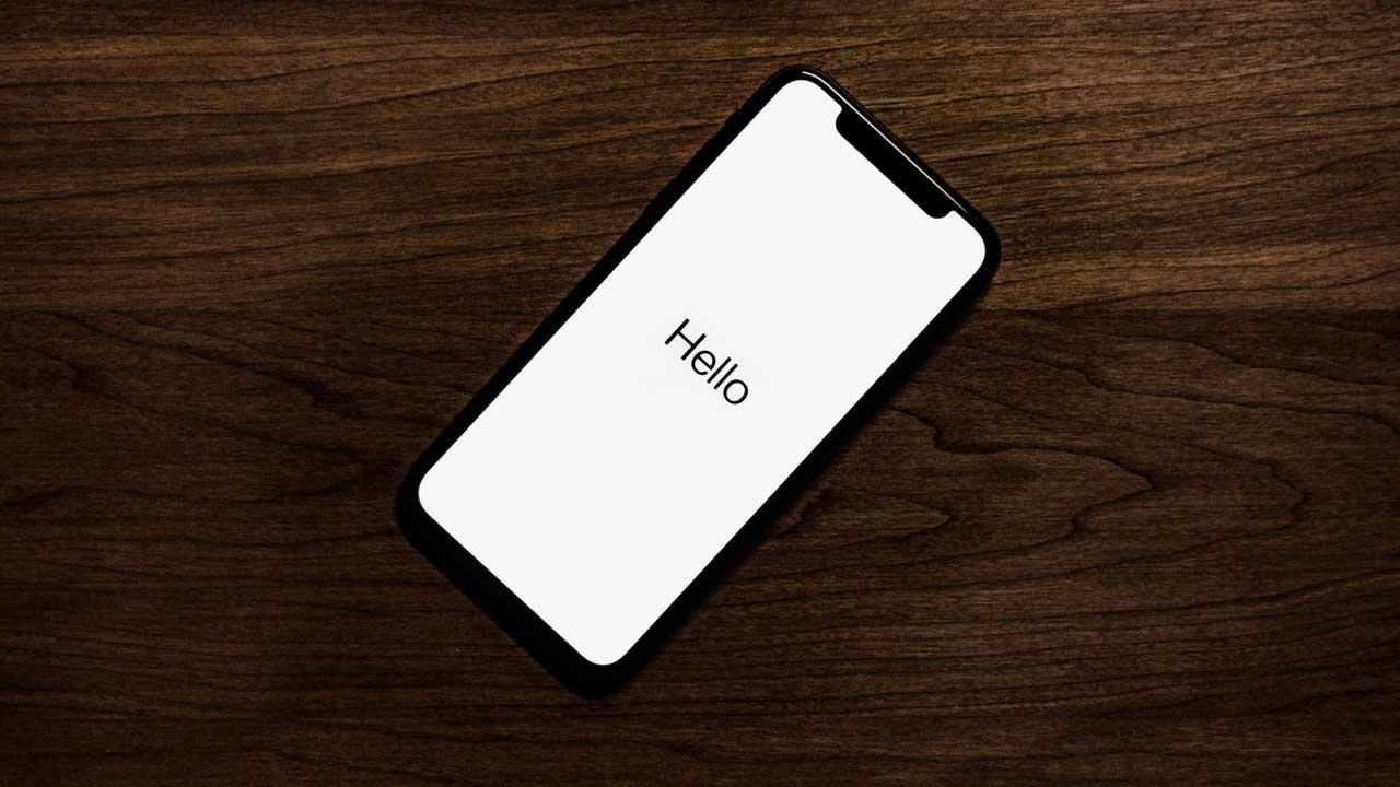 iPhone reset startup hello screen.