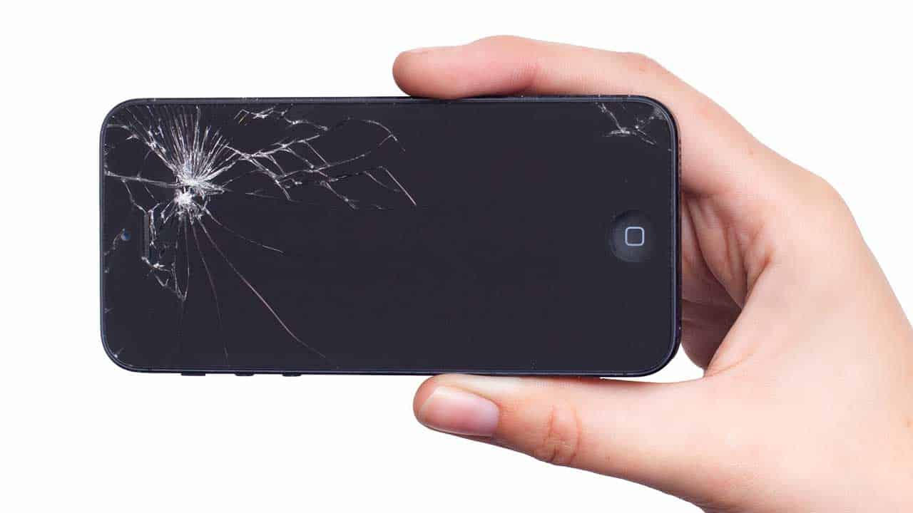 iPhone repair smashed screen replacement required for a new crystal clear glass display.