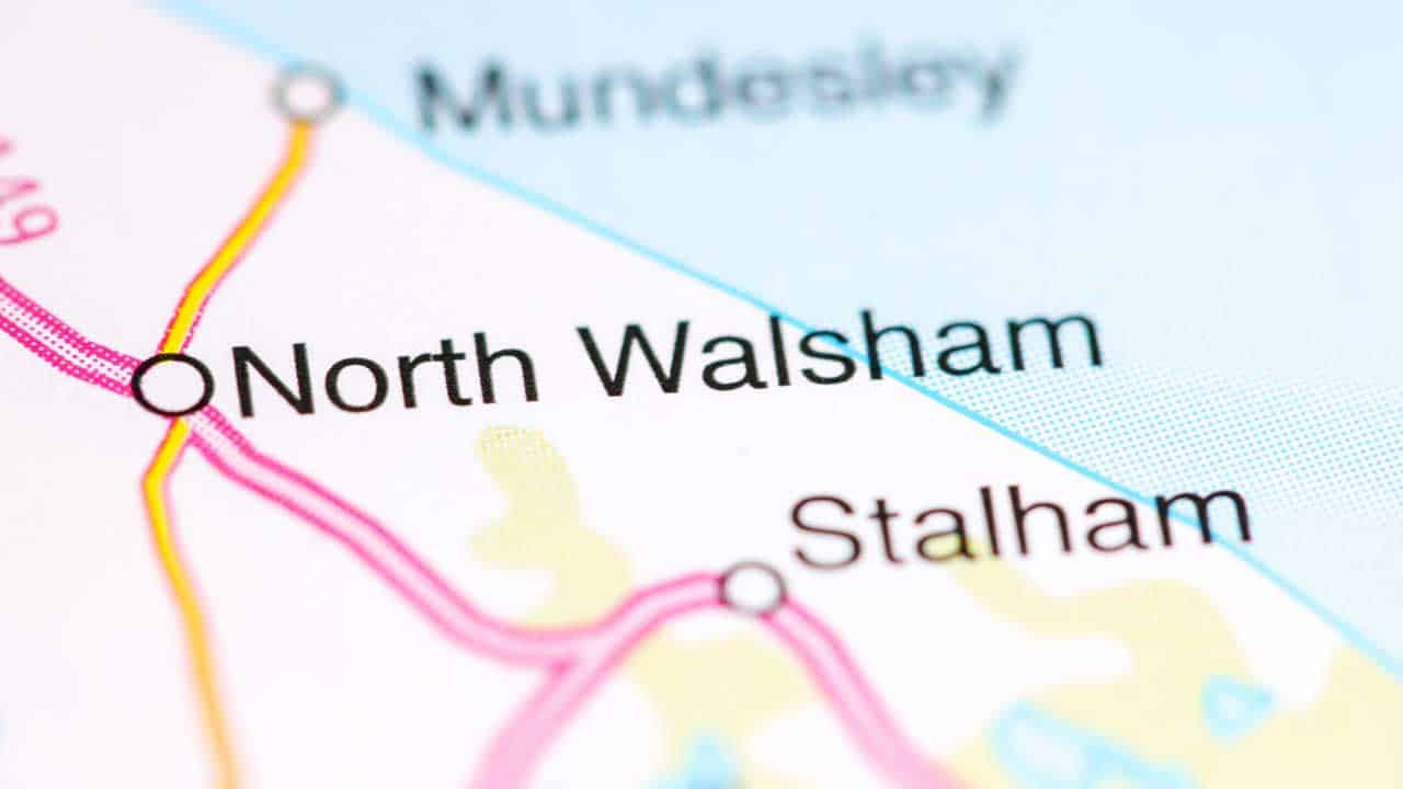 Mobile phone repair North Walsham Norfolk shop local area map.