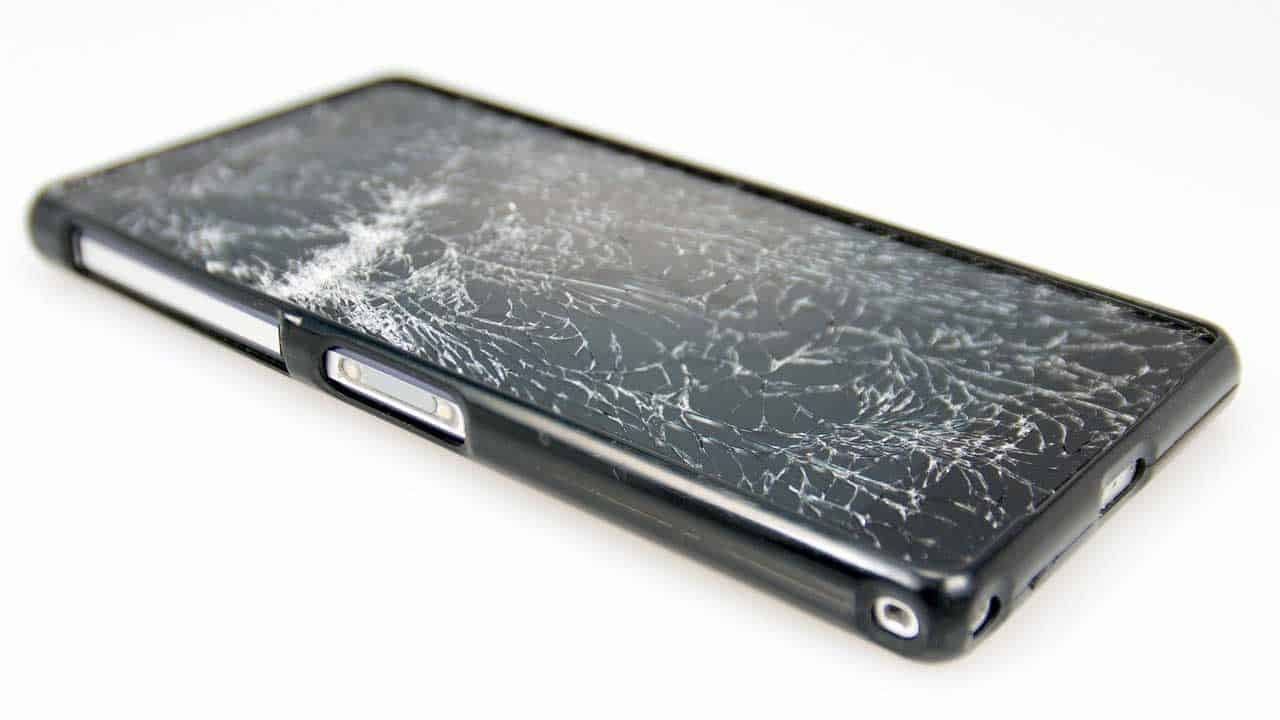 Mobile phone repair screen replacement shop needed to change it for a new one.