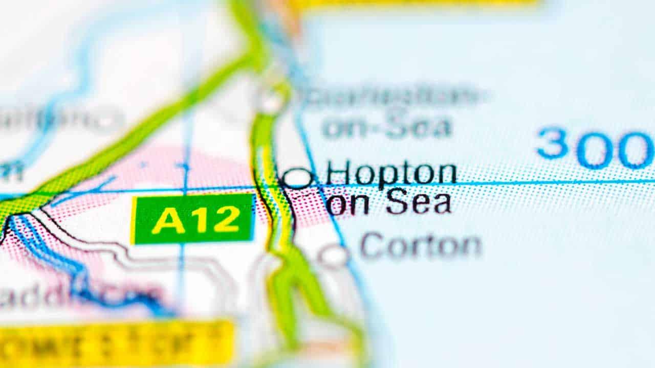 Phone repair Hopton On Sea shop map Norfolk.