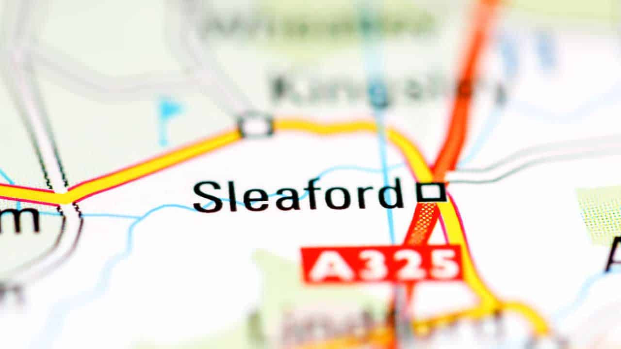 Phone repair Sleaford Lincolnshire shop map.