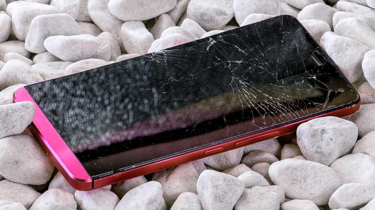 A phone screen repair Lincoln shop job to replace a cracked glass display.